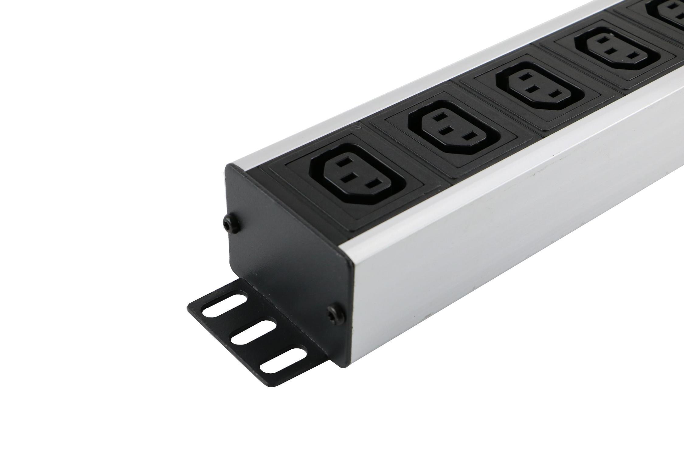 555-241 Excel PDU 8-Wege C13-Steckdosen - C14-Stecker - Vertikal ...